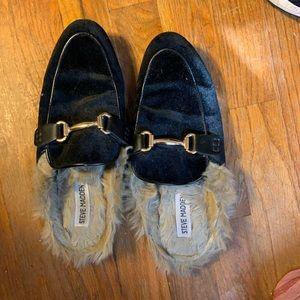 Steve Madden Fur Slides 8 Black Gold Flat Comfy